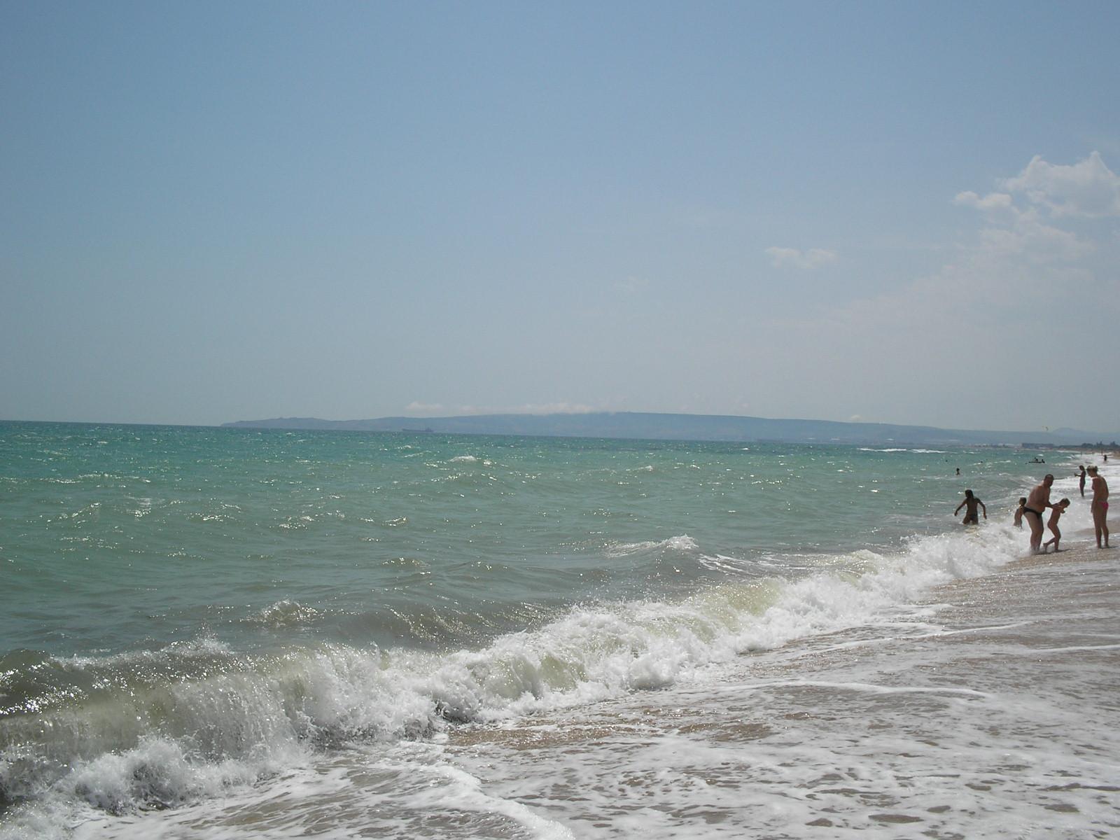 Пляж и набережная в посёлке Приморский Феодосия. Отдых 55